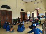 Relawan Muhammadiyah Antisipasi Trauma Pada Pengungsi Merapi